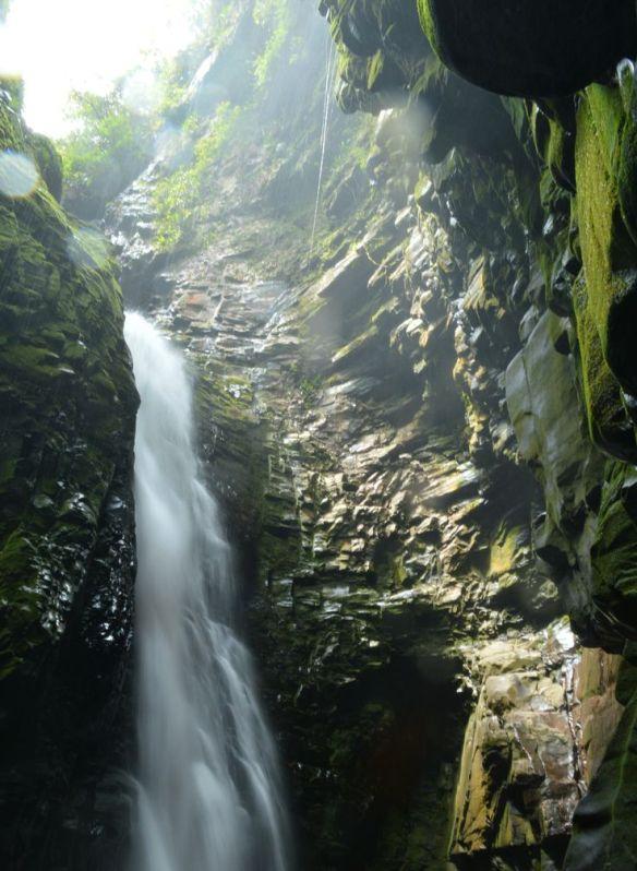 cueva-de-kavac-canaima-3
